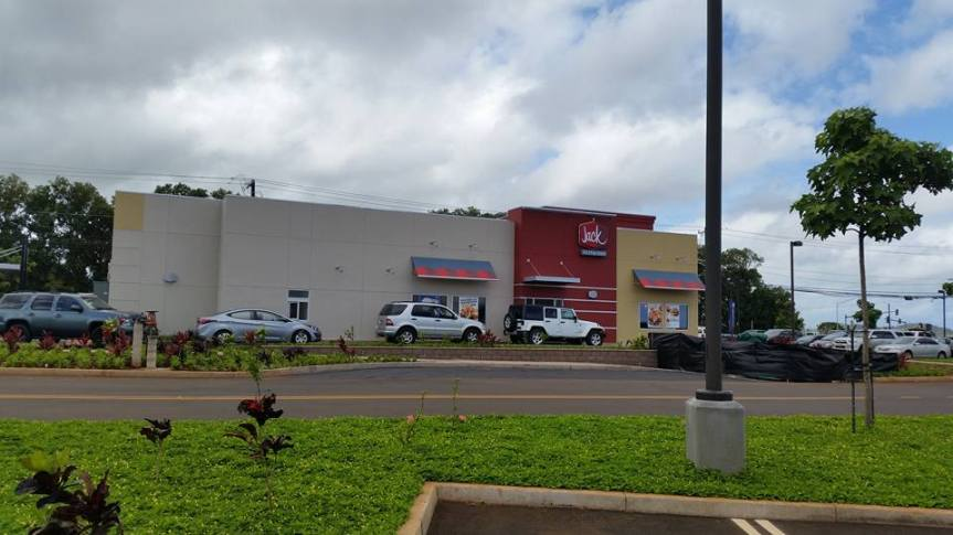 Long lines as Kauai Jack in the Box opens inLihue